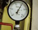 給水管工事・更生工事のトーヨー興産株式会社の気密テスト