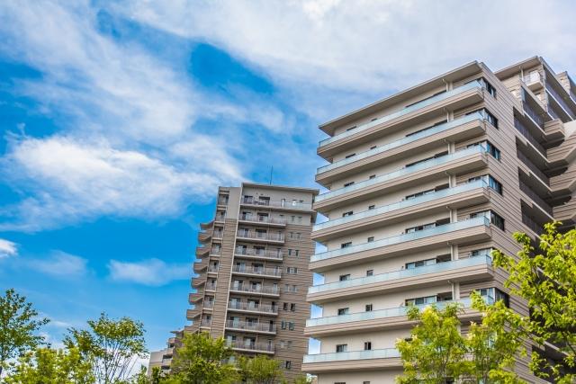 給水管工事をはじめ一般配管工事もお受けします | 渋谷に建ち並ぶマンションのイメージ画像